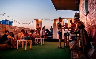 улетная вечеринка на крыше