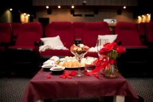 удобный кинотеатр для двоих