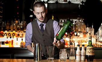 известный бармен