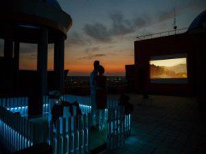 идеальный кинотеатр на крыше